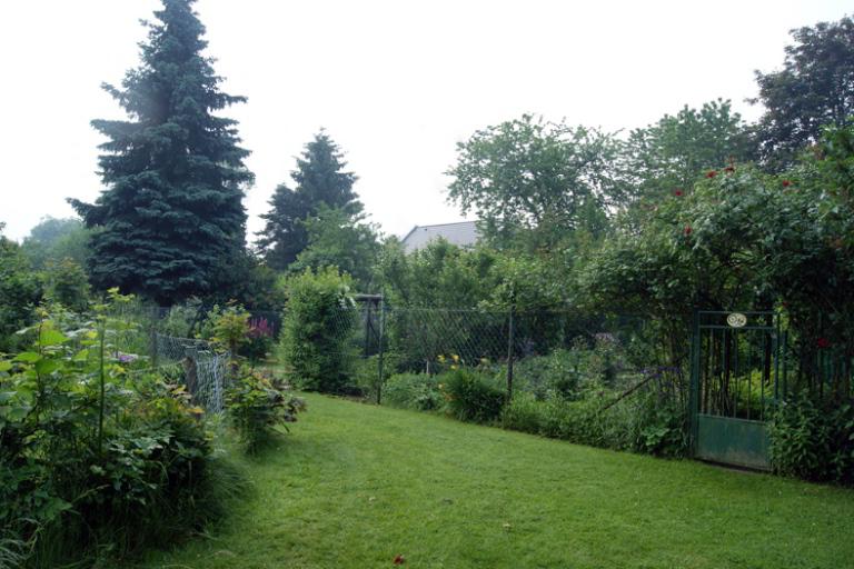 Gartengelände der evangelischen Gemeinde Urdenbach